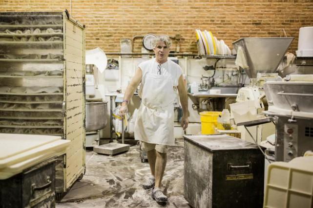 Le boulanger Richard Bourdon est propriétaire de la... (PHOTO EDOUARD PLANTE-FRÉCHETTE, LA PRESSE)