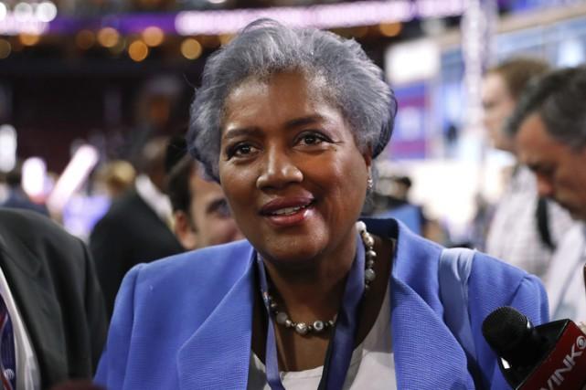 La présidente intérimaire du Parti démocrate, Donna Brazile,... (PHOTO AP)