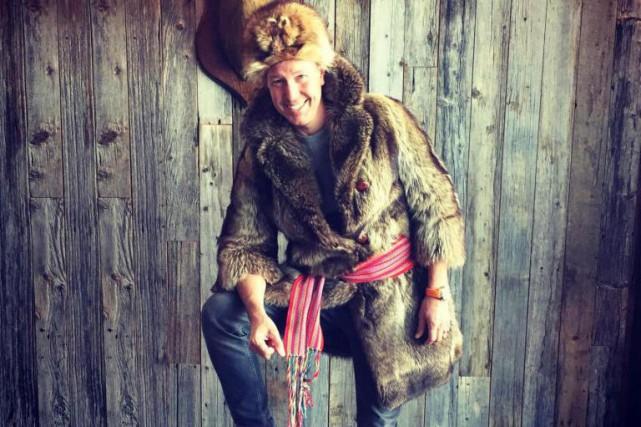 Ricardo s'est costumé en«gentleman trappeur» pour l'Halloween.... (Photo tirée de Facebook)