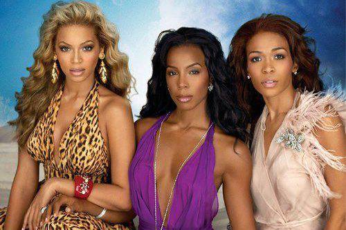 De vieilles photos de Destiny's Childs'ajoutent depuis peu... (photo tirée du compte twitter du groupe)