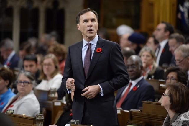 Le ministre canadien des Finances Bill Morneau... (Adrian Wyld, La Presse canadienne)