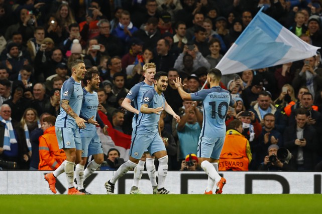 Ilkay Gundogan a réussi un doublé qui a permis à Manchester City de venir de... (PHOTO REUTERS)