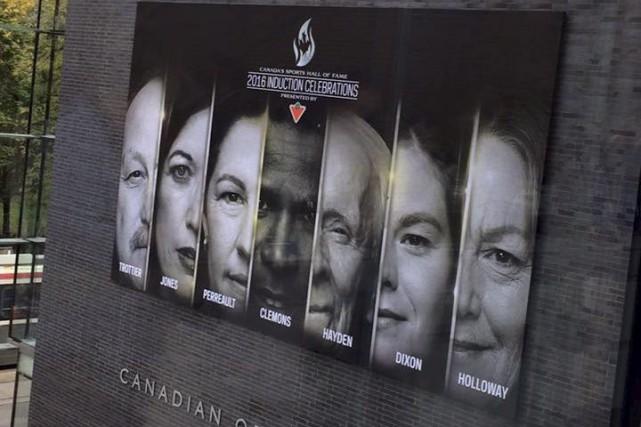Le Panthéon des sports canadiens a accueilli sept... (Photo tirée de Facebook)