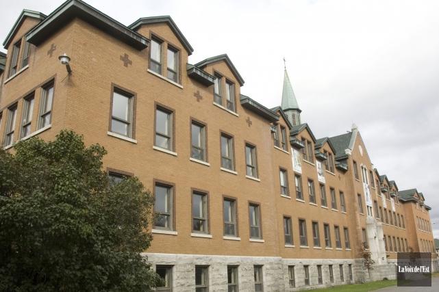 L'école secondaire du Verbe Divin, à Granby... (Archives La Voix de l'Est)