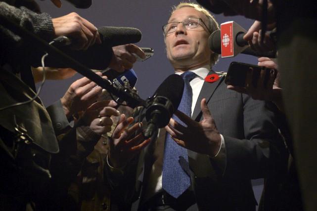 Le ministre Martin Coiteux espère faire adopter avant... (Le Soleil, Yan Doublet)