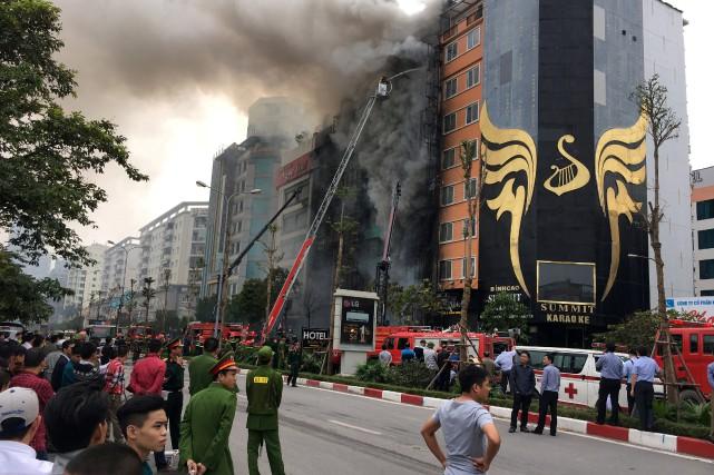 D'après les journaux officiels, le feu serait d'origine... (REUTERS)