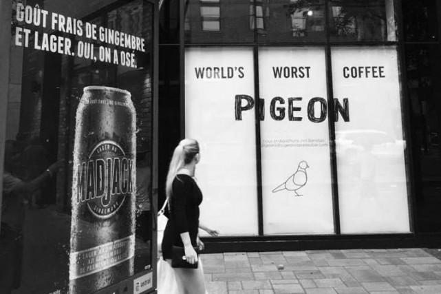Pigeon espresso-bar annonce offrir le plus mauvais café... (Photo tirée de Facebook)