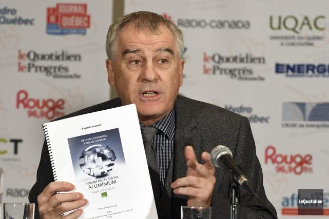 Selon l'économiste Marc-Urbain Proulx, une meilleure cohésion de... (Photo Le Quotidien, Rocket Lavoie)