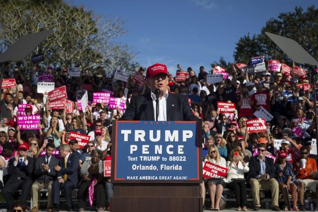 Donald Trump a fait un arrêt à Orlando,... (AP)