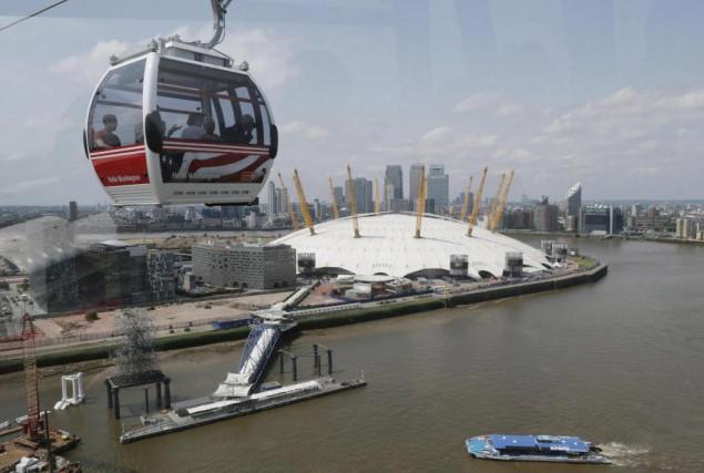 Londres a inauguré un téléphérique urbain en 2012.... (Archives AP)