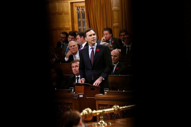 Selon le ministre des Finances Bill Morneau, trois... (Chris Wattie, archives REUTERS)