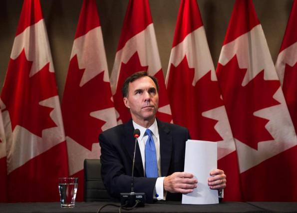 Le ministre des Finances du Canada, Bill Morneau... (PHOTONathan Denette, Archives La presse canadienne)