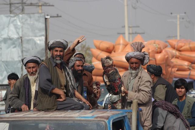 Un porte-parole de la police afghane, Mahmoodullah Akbari,... (Photo Agence France-Presse)