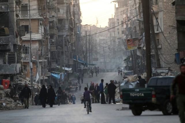 Ces violences interviennent alors qu'Alep, deuxième ville de... (PHOTO REUTERS)