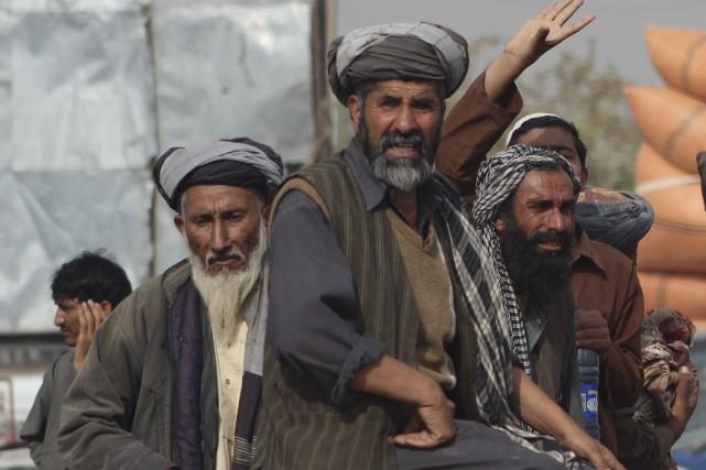 Des manifestations ont éclaté à Kunduz après le... (AFP)