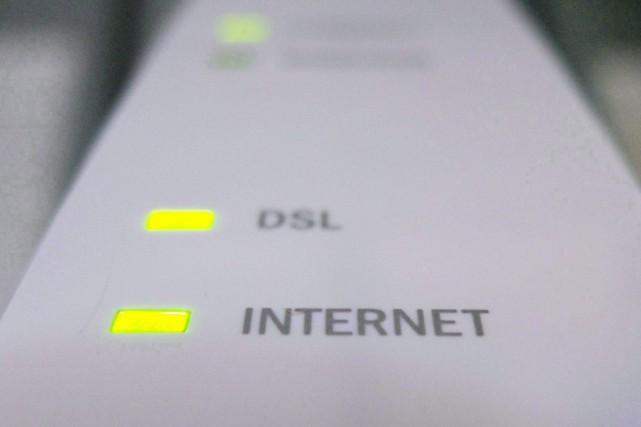 L'accès à internet dans les foyers québécois a établi un nouveau record en... (PHOTO ARCHIVES LA PRESSE CANADIENNE)