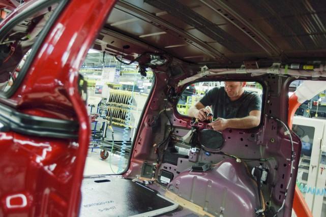 Le taux de chômage s'est maintenu à 7 pour cent en octobre, en raison d'un... (La Presse Canadienne, Geoff Robins)