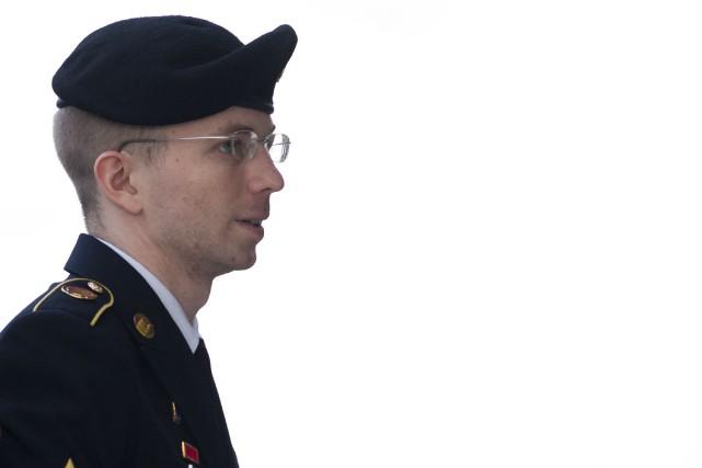 Chelsea Manning, anciennement prénommée Bradley, est condamnée à... (Photo Saul LOEB, AFP)