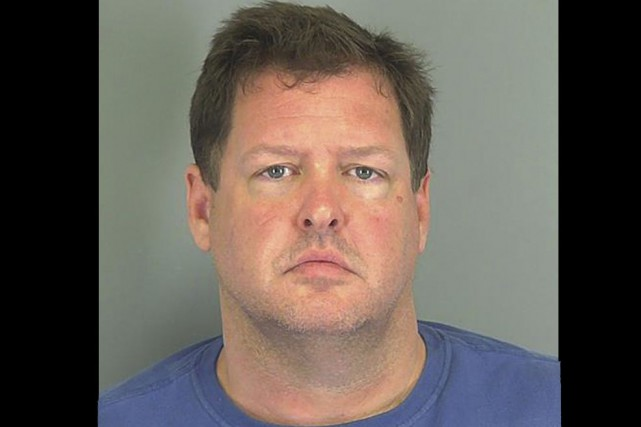 Todd Kohlhepp (photo), le propriétaire du champ sur... (Photo Reuters)
