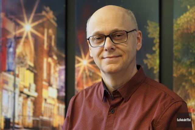 L'ex-conseiller municipal Yves Bélanger prépare déjà activement sa... (Alain Dion, La Voix de l'Est)