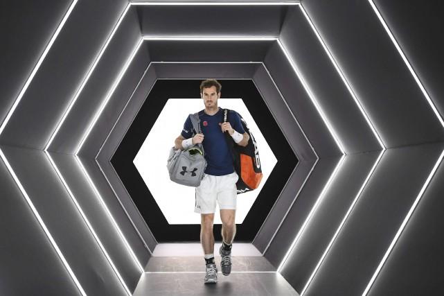 Andy Murray a fait son entrée à l'AccorHotels... (AFP, Franck Fife)