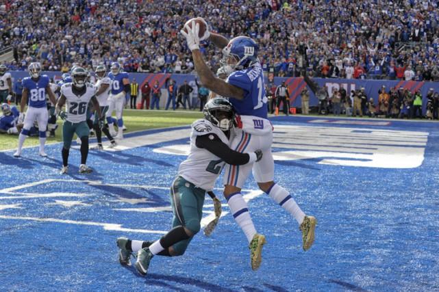 Eli Manning a lancé quatre passes de touché et la défensive des Giants de New... (PHOTO AP)