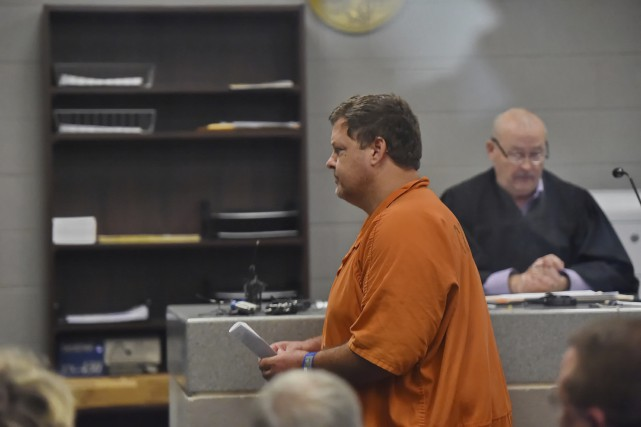 Kohlhepp a brièvement comparu devant le juge Jimmy... (AP)