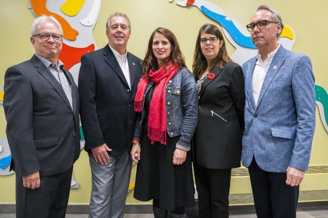 Les conseillers Jean-François Rouleau, Pierre Tardif, Annie Godbout,... (Spectre Média, Marie-Lou Béland)