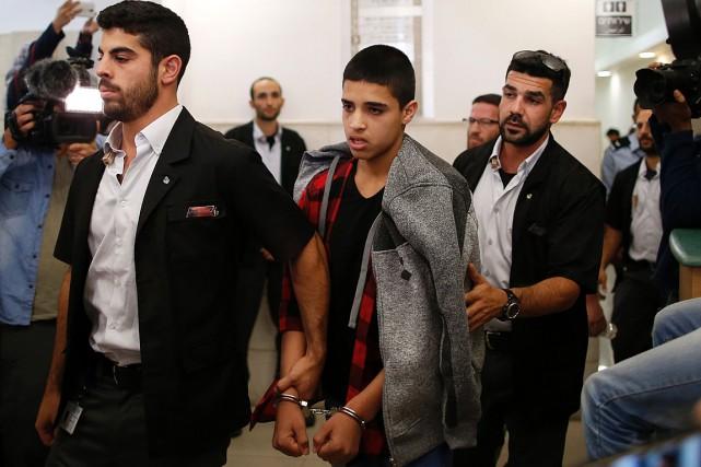 Ahmed Manasra, 14ans, a été condamné à 12ans... (PHOTO AHMAD GHARABLI, AFP)