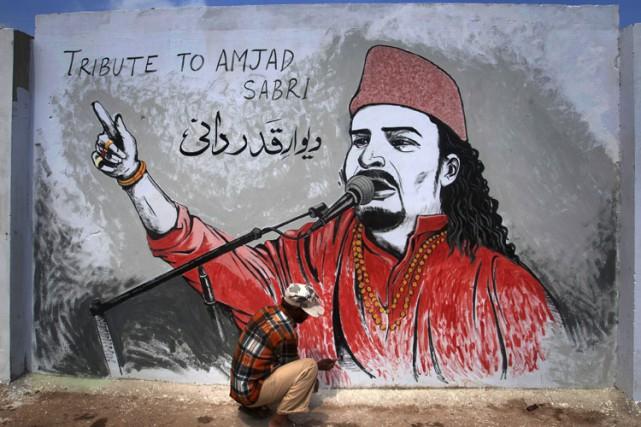 Amjad Sabriinterprétait une forme traditionnelle de musique religieuse... (PHOTO AP)