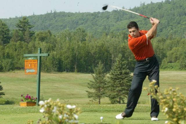 Le golf Mont Sainte-Marie accueillera gratuitement les jeunes... (Archives, LeDroit)