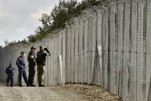 Le premier ministre hongrois refuse d'accueillir les 2300... (AP)