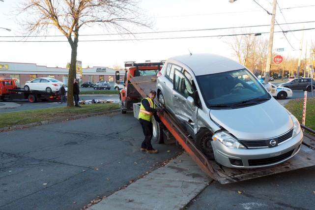 Une violente collision s'est produite lundi après-midi après... (Alain Dion)
