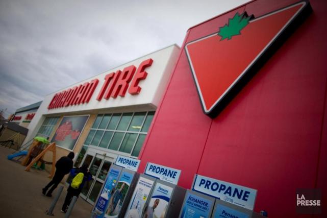 Le titre du détaillant Canadian Tire est l'un... (Photo André Pichette, archives la presse)