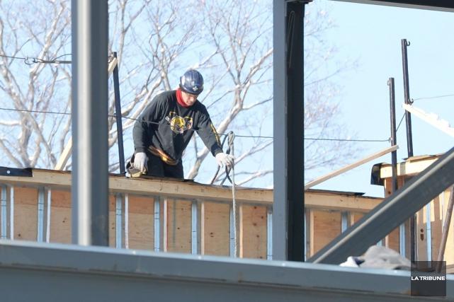 La construction domiciliaire est en perte de vitesse depuis le début de l'année... (Archives La Tribune, Maxime Picard)