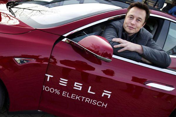 Elon Musk vient d'acheter une firme d'ingénierie allemande... (photo AFP)