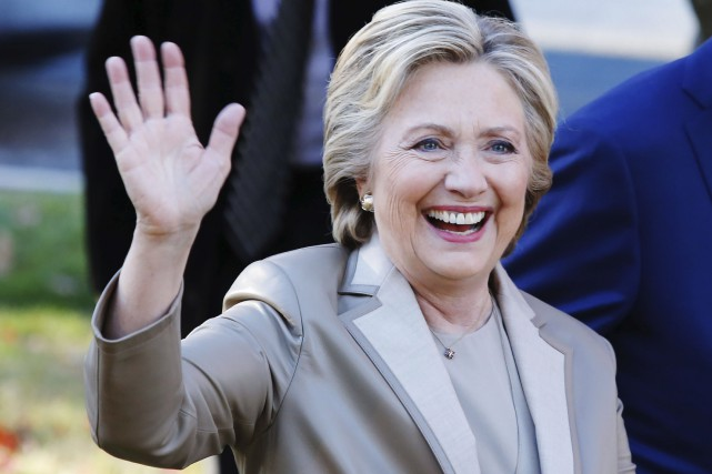 Hillary Clinton à Chappaqua, New York, après avoir... (AFP, Eduardo Munoz)