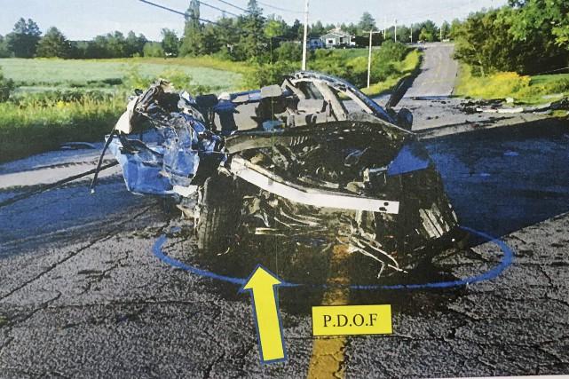 Le reconstitutionniste en scène d'accident, Pierre Girard, affirme... (Photographie de reconstitution en scène de crime, sécurité publique de Ville de Saguenay)