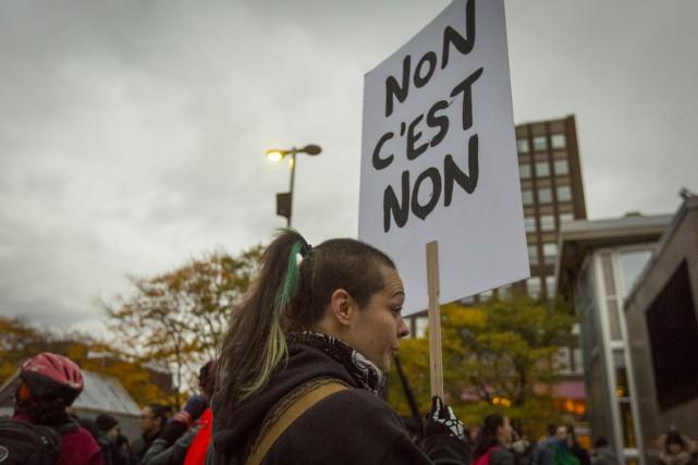 Faisons toutes les manifestations possibles, toutes les campagnes... (La Presse)