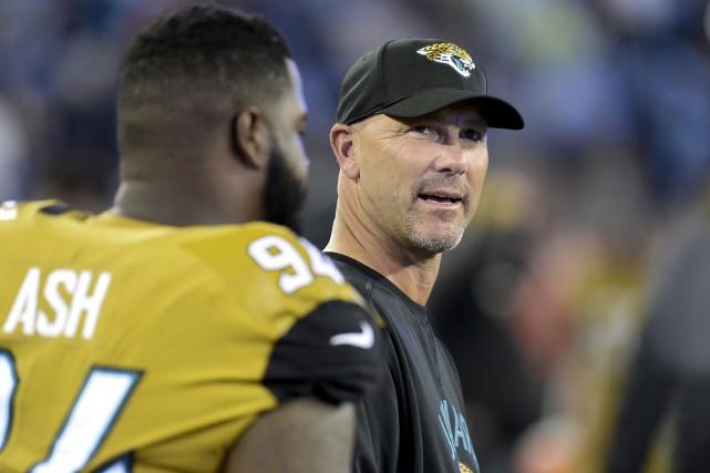 Les dirigeants des Jaguars de Jacksonville ont dépensé... (AP, Mark Zaleski)