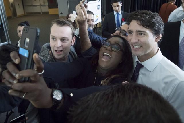 Justin Trudeau aassuré aux Canadiens qu'il travaillerait «avec... (La Presse canadienne, Darryl Dyck)