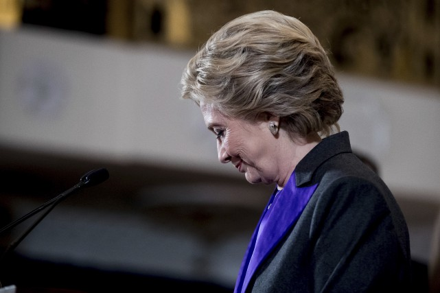 Hillary Clinton est apparue émue lors de son... (Photo Andrew Harnik, archives Associated Press)