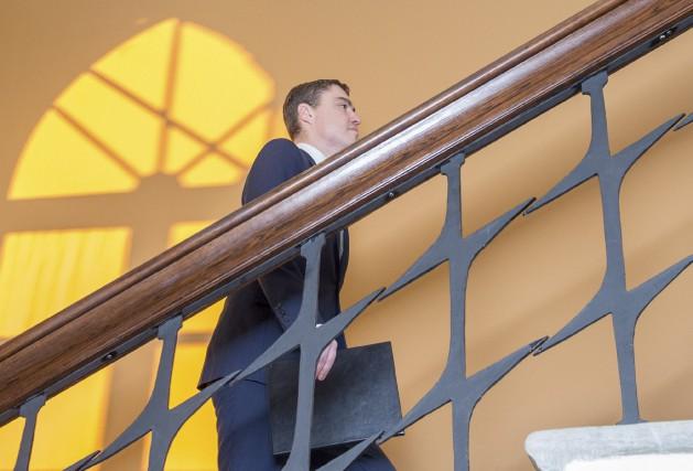 Le Premier ministre de l'Estonie,Taavi Roivas, après avoir... (AFP, Raigo Pajula)