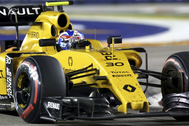 ENSTONE, Royaume-Uni - Le pilote britannique de Formule 1 Jolyon Palmer... (Archives, Associated Press)