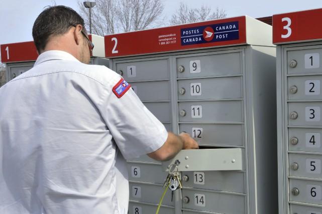 «L'image du service postal public qui est présentée... (Archives, Le Progrès-Dimanche)