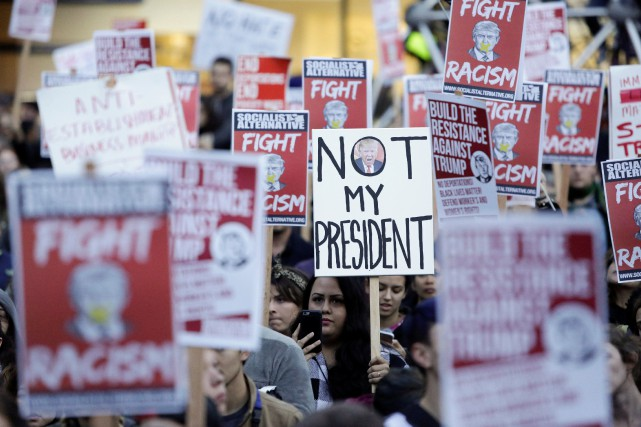 «C'est un moment dur pour de nombreux Américains»,... (PHOTO Jason Redmond, REUTERS)