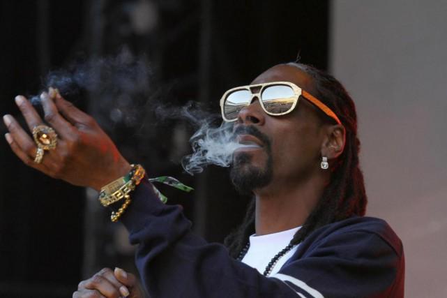 Dans le clip de sa pièceLavender, Snoop Dogg... (Archives AP)