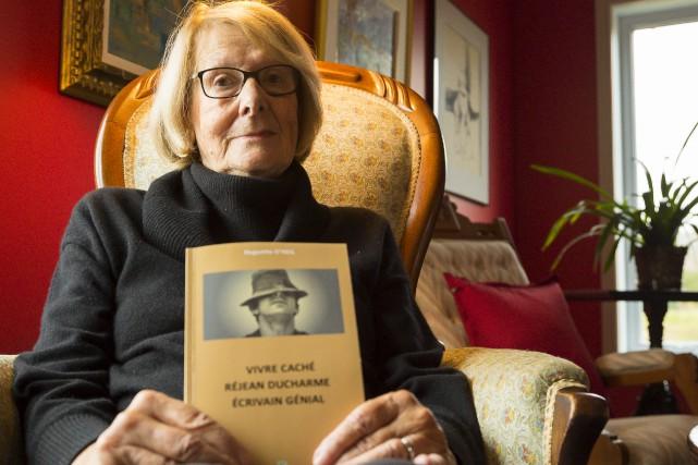 L'auteure et journalise Huguette O'Neil tente, dans une... (Spectre Média, Marie-Lou Béland)