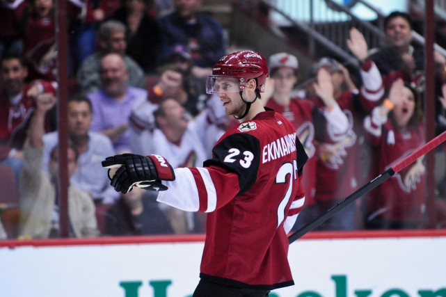 Oliver Ekman-Larsson... (PHOTO Matt Kartozian, USA Today Sports)