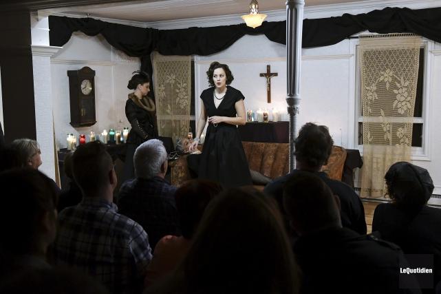 Dans sa nouvelle création, Requiem, le Théâtre CRI... (Photo Le Quotidien, Rocket Lavoie)